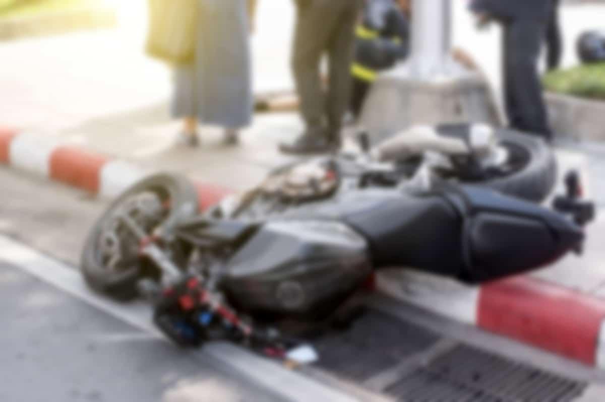 שפרגר ושות' משרד עורכי דין לתביעות נזיקין,בתמונה אופנוע לאחר תאונה
